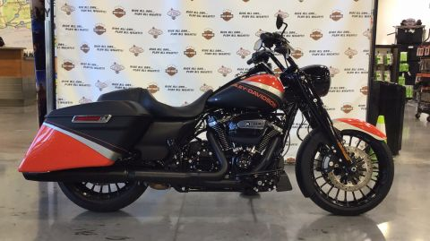 Pre-Owned 2019 Harley-Davidson Touring Road King Special FLHRXS